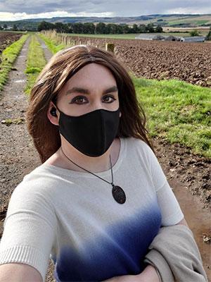 Pétunia, transex en campagne sur Quimperlé, 29300